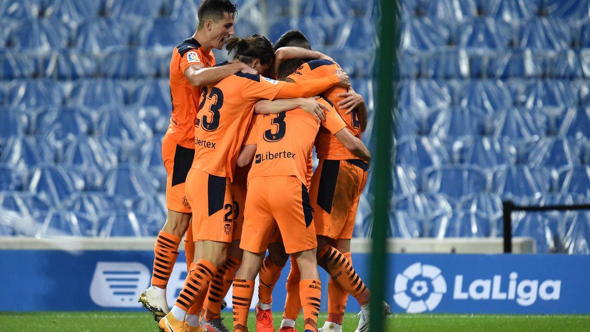 El Valencia celebra un gol ante la Real Sociedad