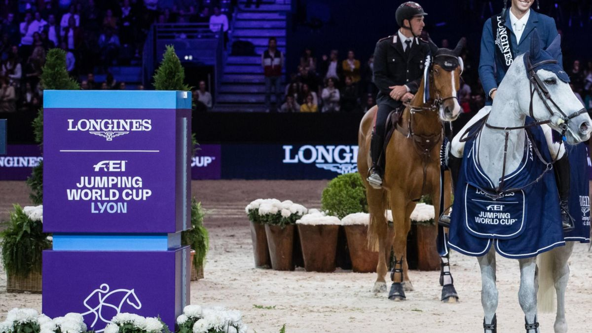 Martin Fuchs and Clooney, winners of the world cup class 2019 in Lyon