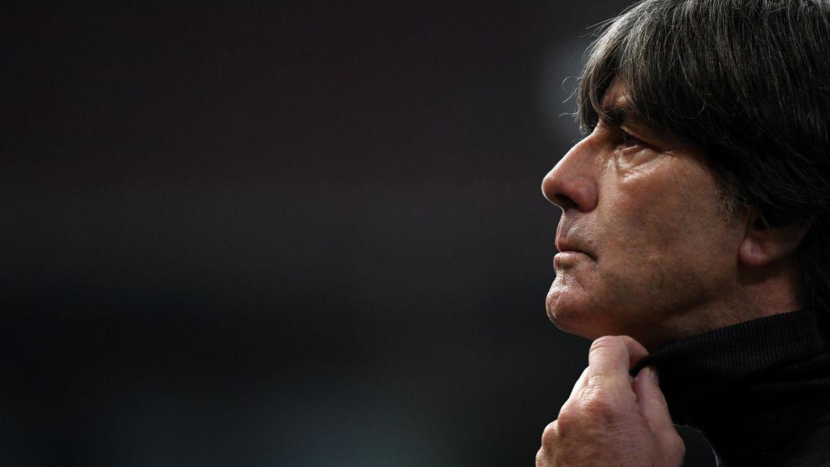 Löw este sub presiune după ce Germania a fost învinsă cu 6-0 în Spania