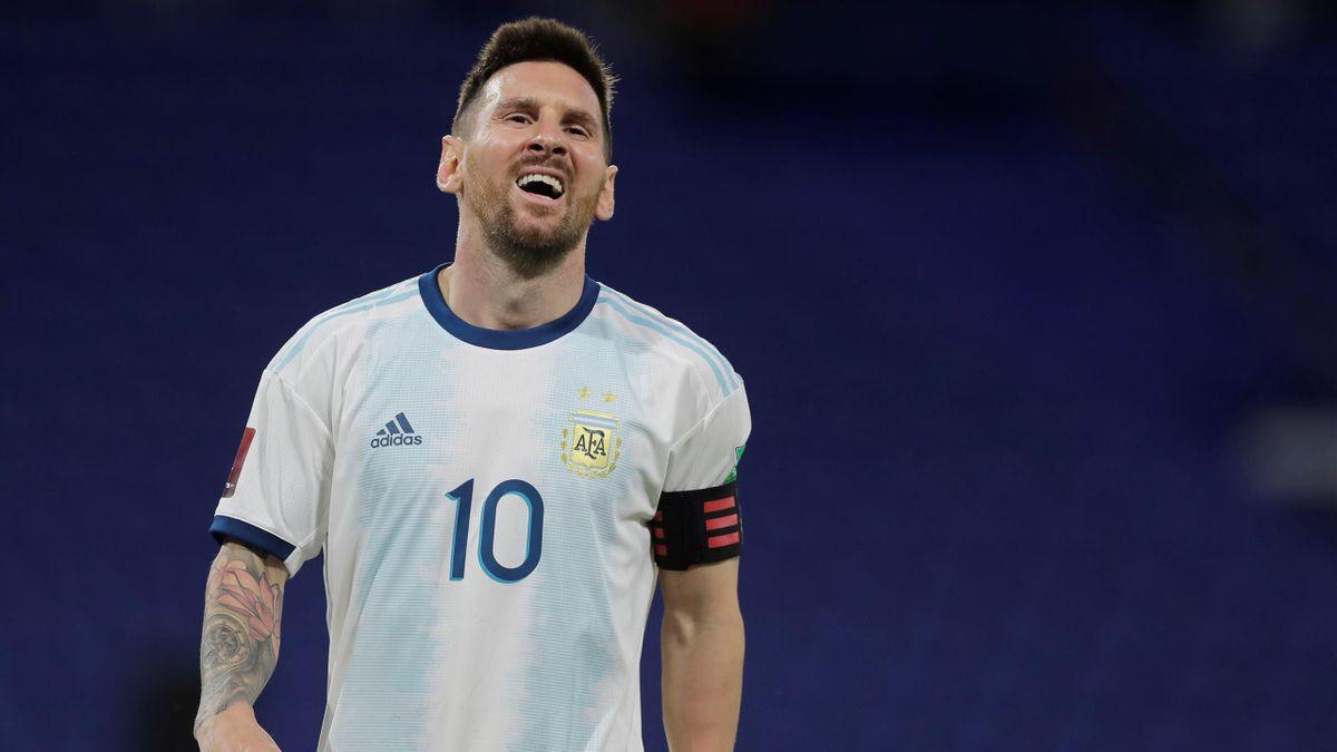Leo Messi, en el partido entre Argentina y Paraguay