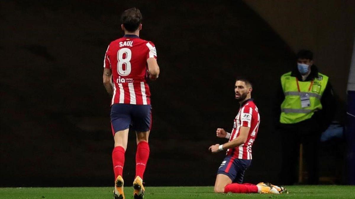 Carrasco celebra su gol en el Atlético-Barcelona