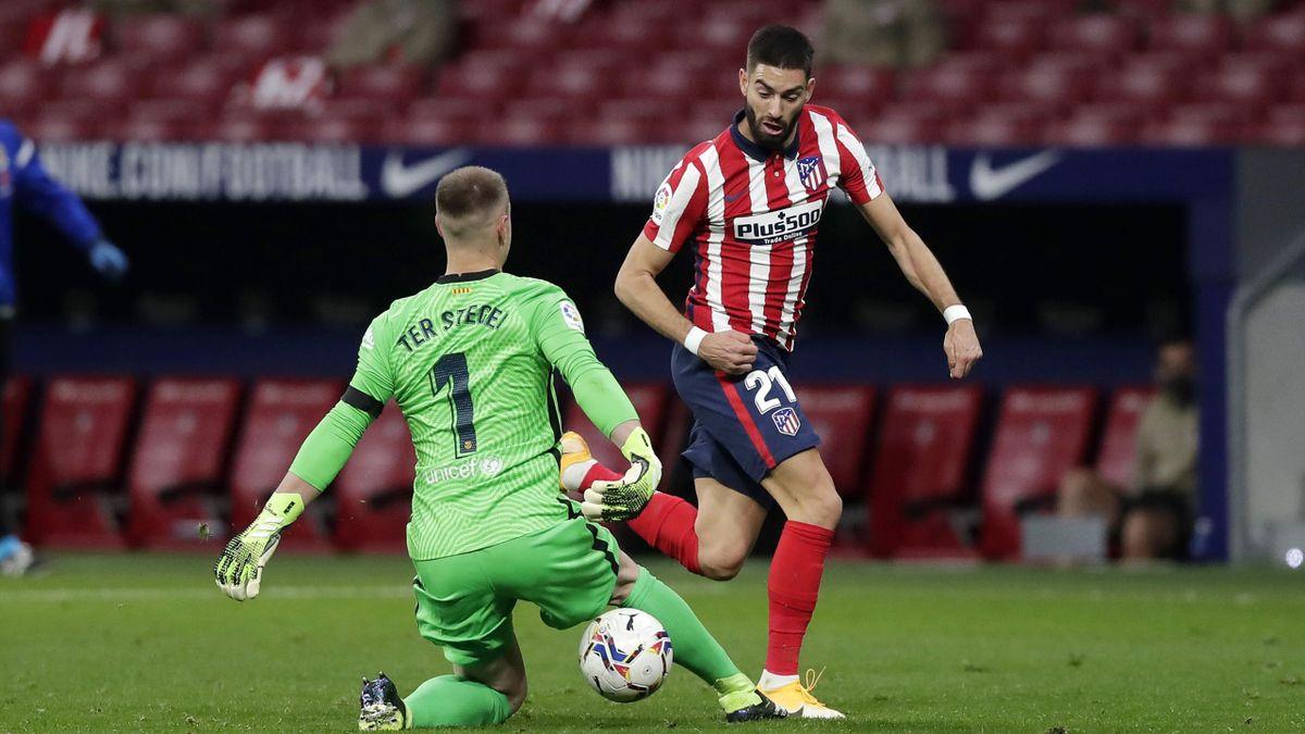 Carrasco se va de Ter Stegen para anotar en el Atlético-Barcelona