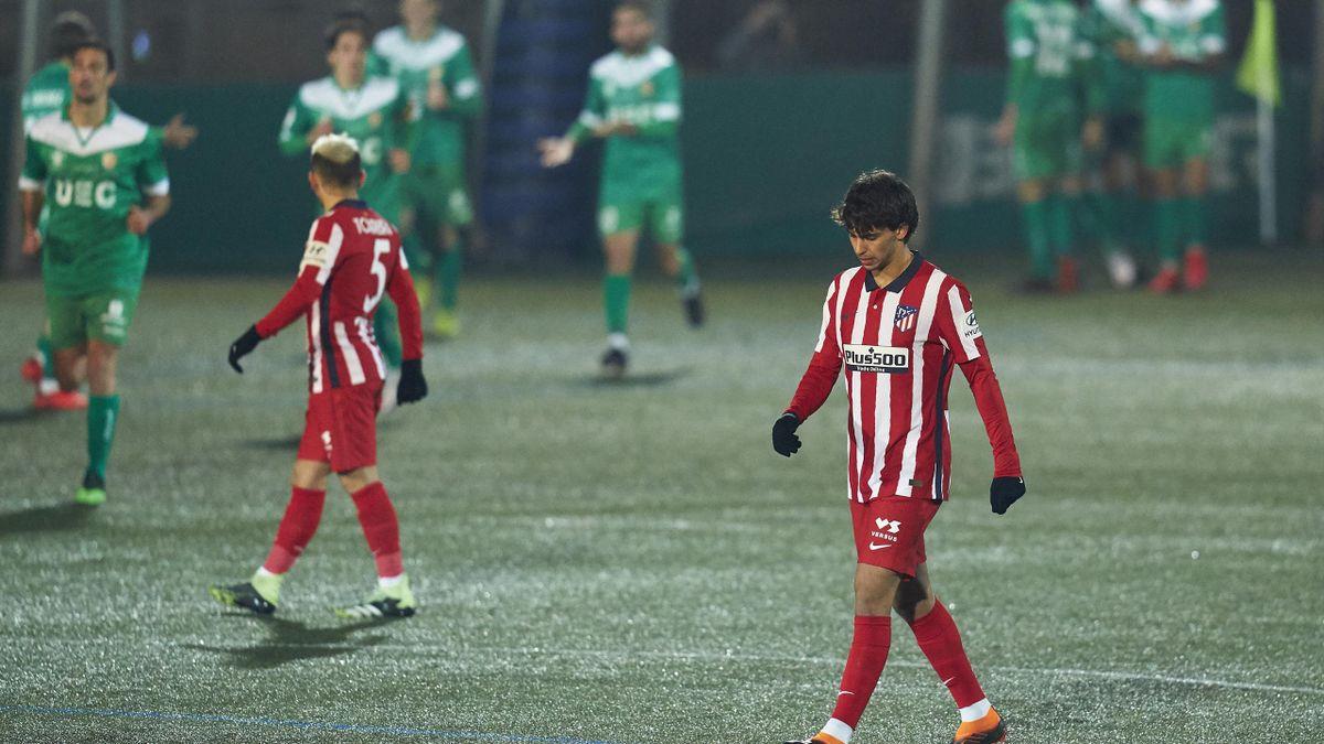 El Atlético lamenta el gol del Cornellà
