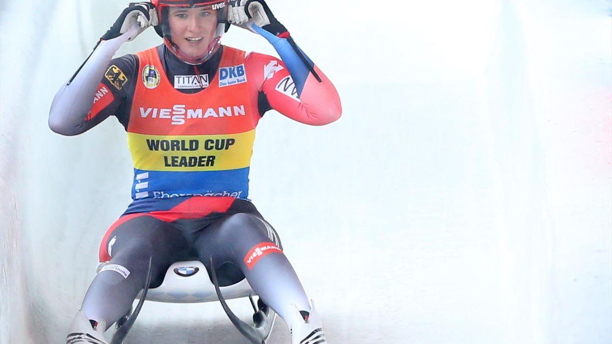 Natalie Geisenberger sichert sich bei der EM Silber