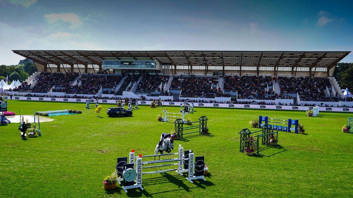 La piste en herbe du stade François André accueillera l'étape française de la Coupe des nations Longines du 13 au 16 mai 2021