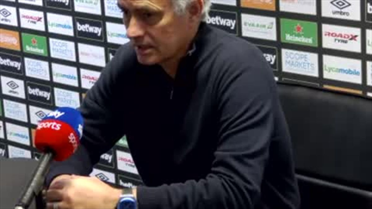 'No, not at all' - Mourinho insists he is not questioning his methods