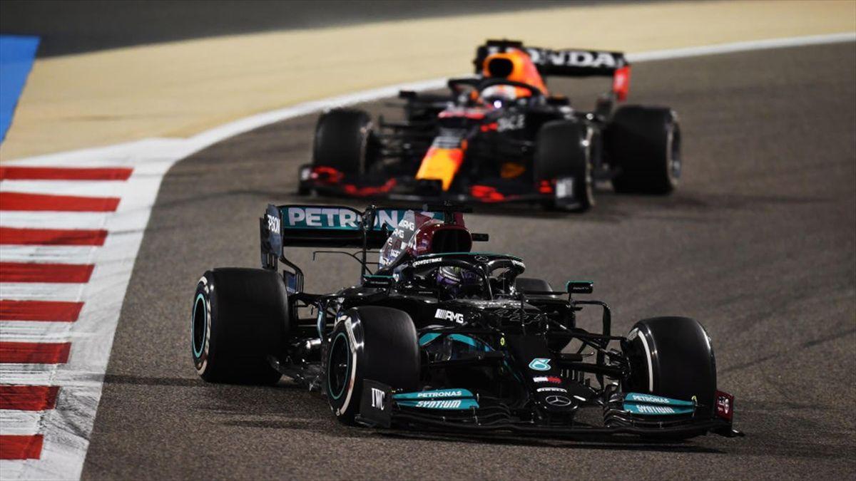 Hamilton y Verstappen en el GP de Baréin