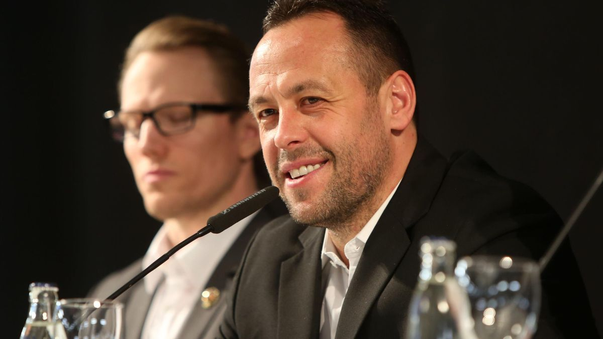 Sturm (r.) ist Co-Trainer bei den Los Angeles Kings