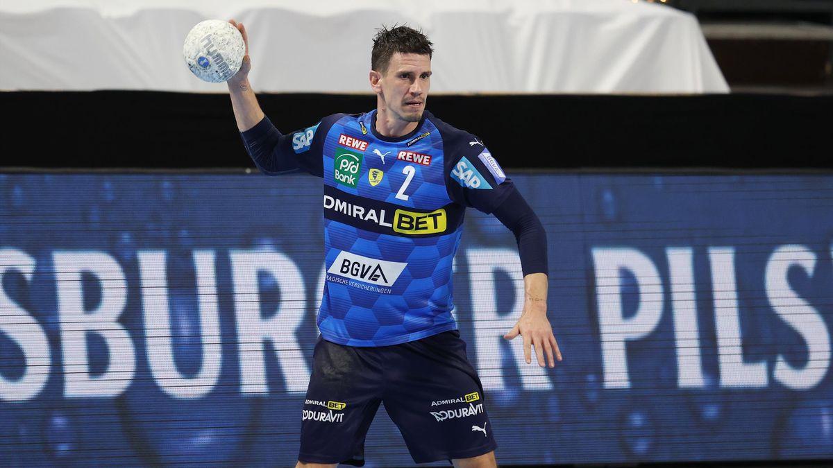 Andy Schmid führt die Löwen mit sieben Treffern zum Sieg