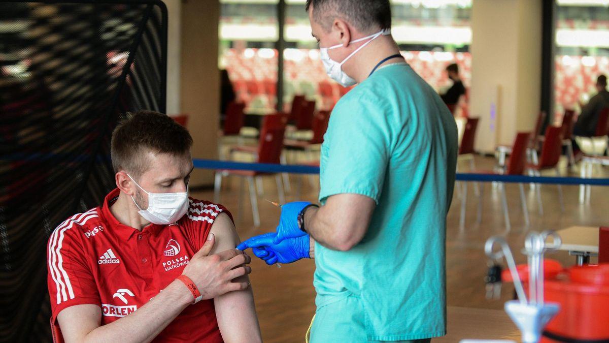 polish athletes vaccine Covid-19