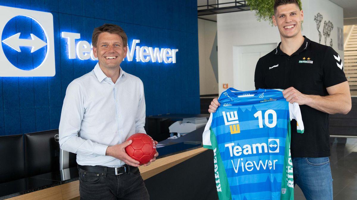 Sebastian Heymann (r.) bleibt bis 2024 in Göppingen