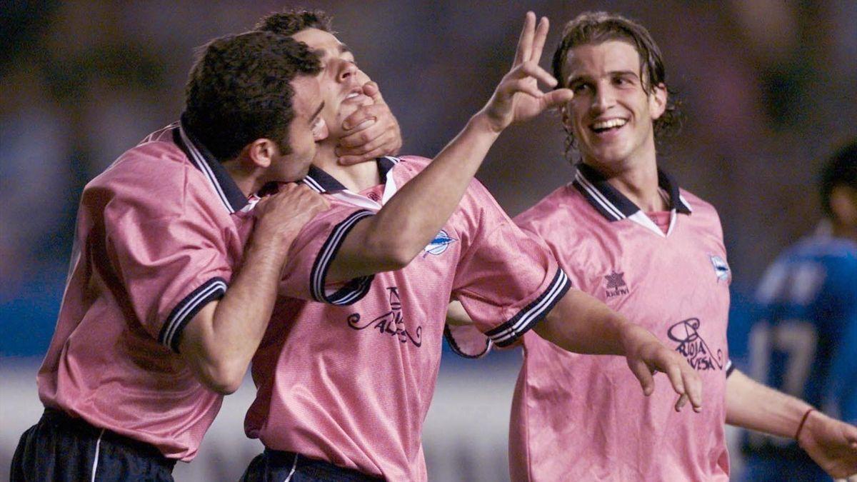 El Alavés celebra un gol ante el Kaiserslautern