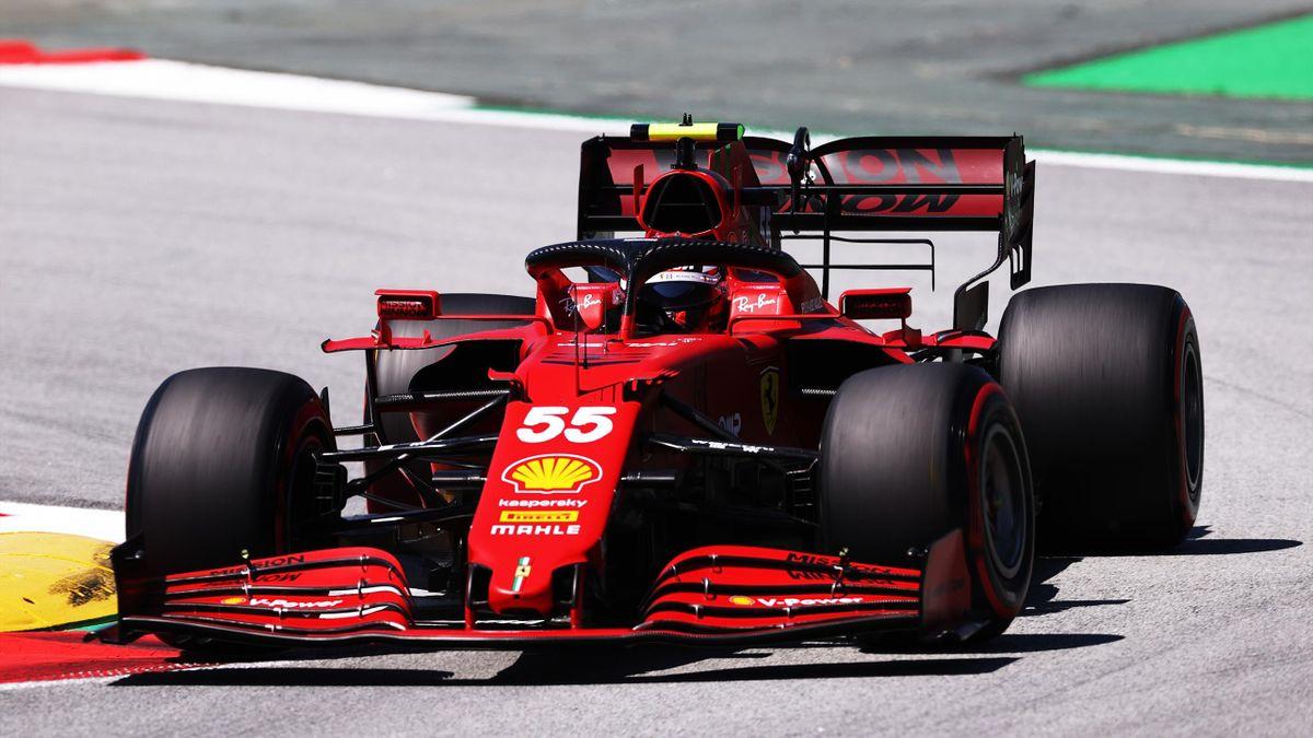 Carlos Sainz, durante los entrenamientos libres del GP de Montmeló