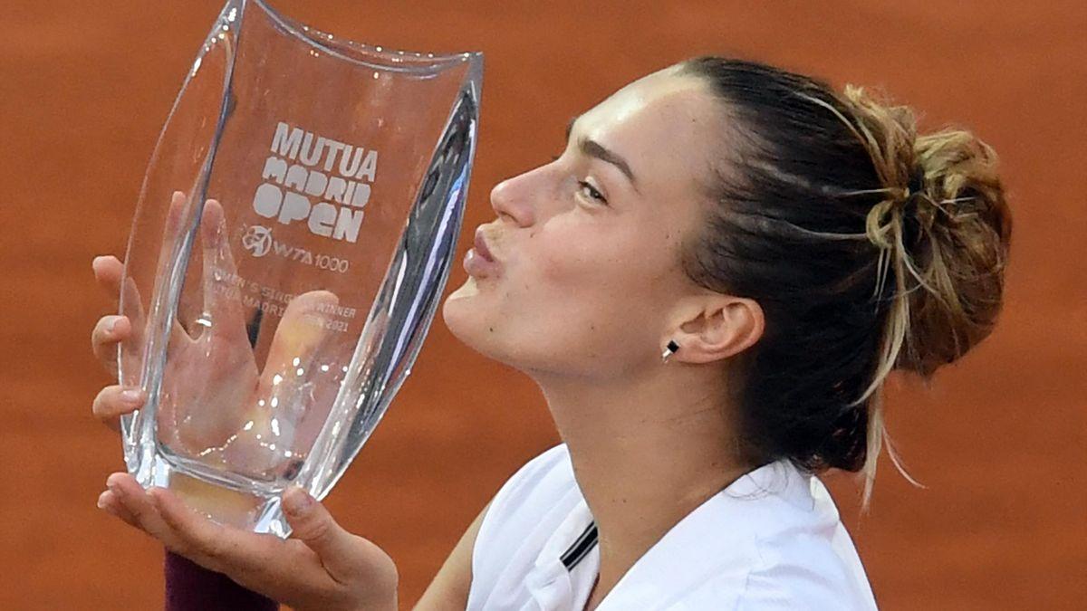 Aryna Sabalenka a madridi trófeával