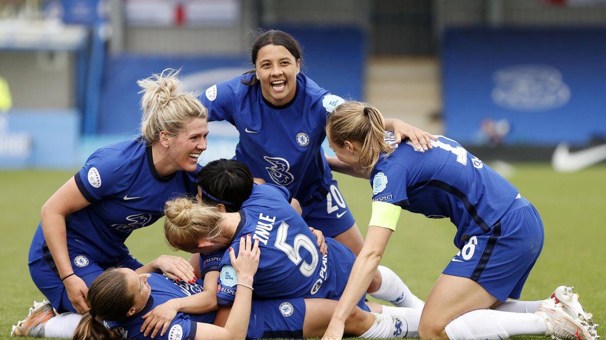 Das Frauenteam vom FC Chelsea holt die Meisterschaft