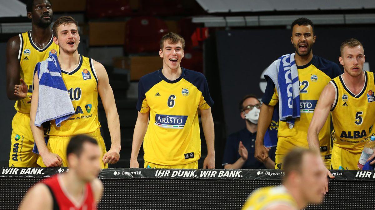 Klarer Sieg im ersten Spiel für Alba