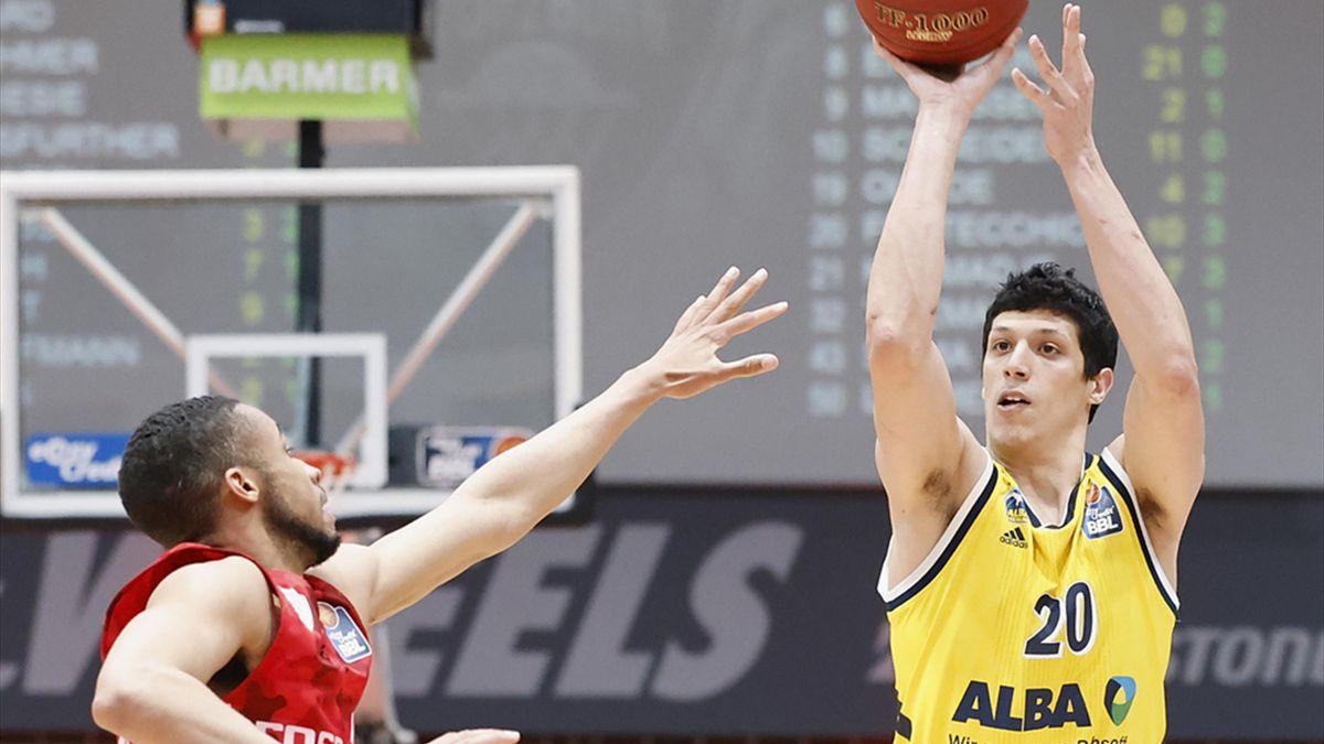 Fontecchio mit 14 Punkten für Alba Berlin