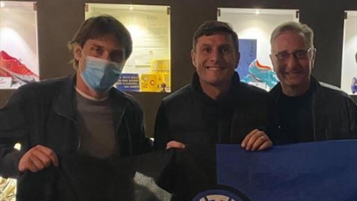 Conte, Zanetti, Bonolis (Credits: Facebook)