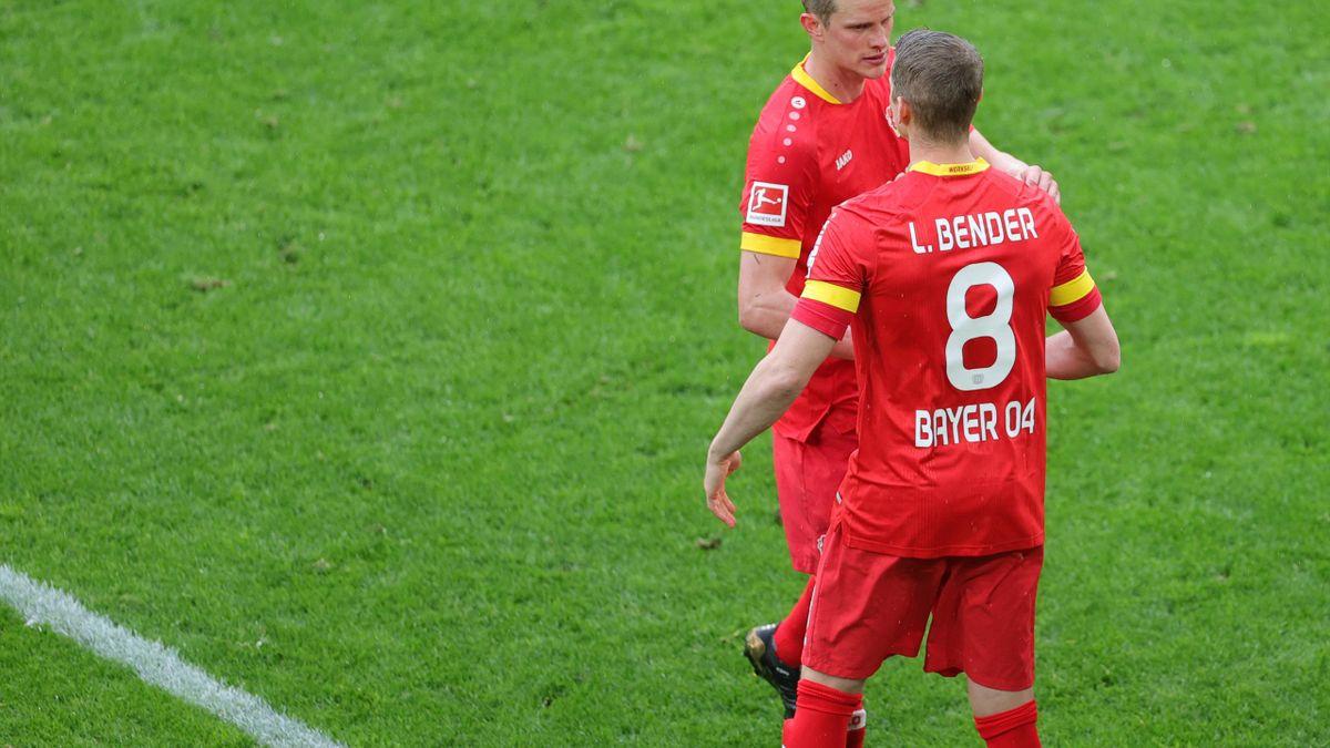 Sven und Lars Bender bei ihrem letzten Bundesliga-Spiel