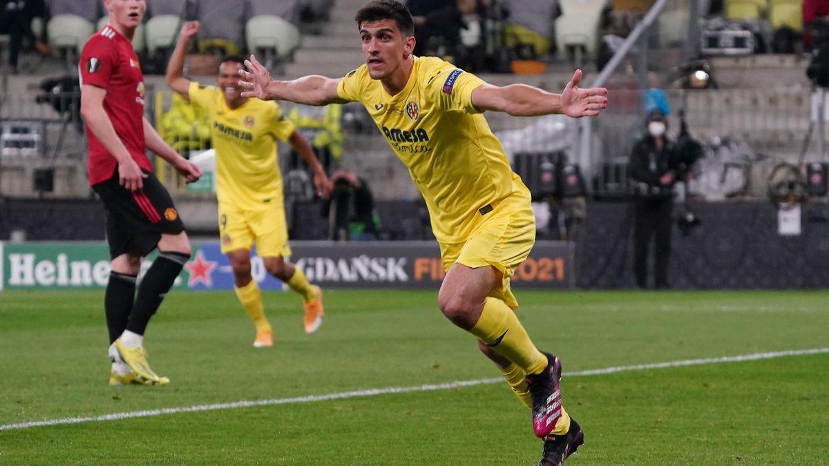 Gerard Moreno celebrando el gol frente al Manchester United.