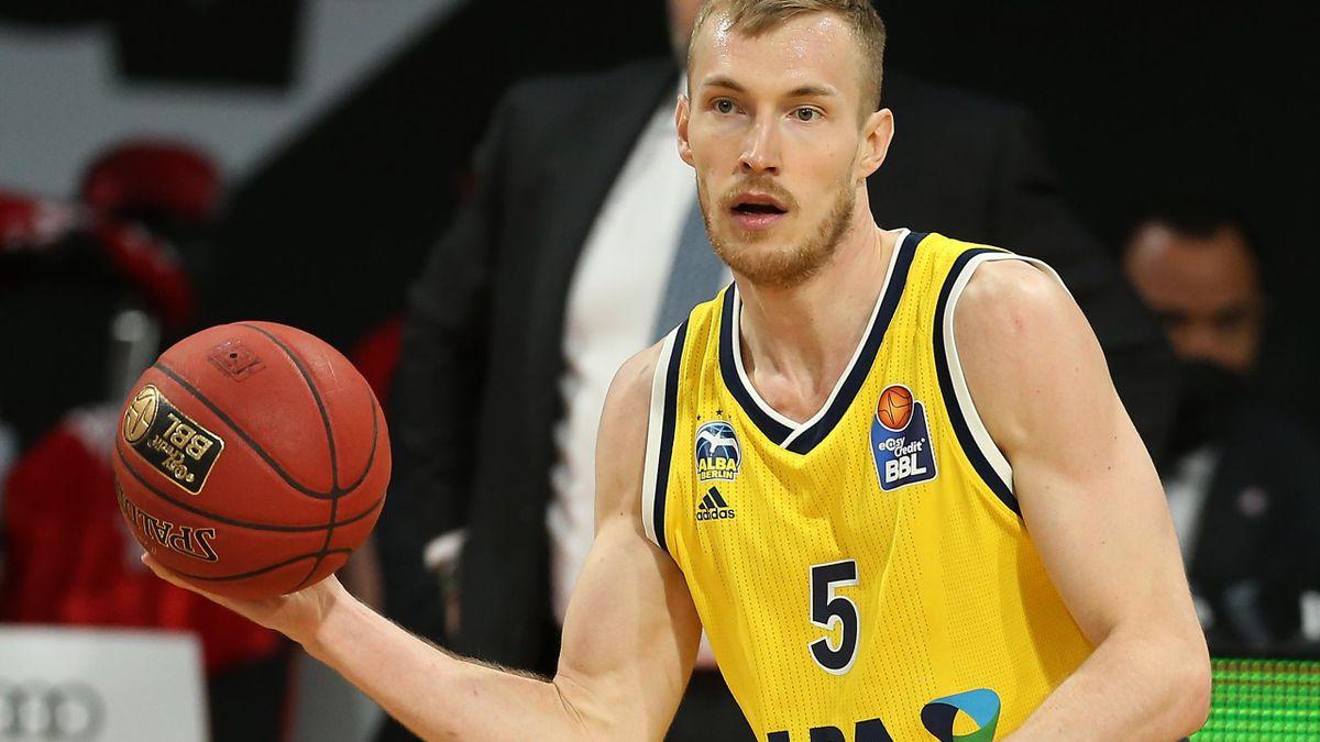 Niels Giffey führt Alba mit 17 Punkten ins Finale