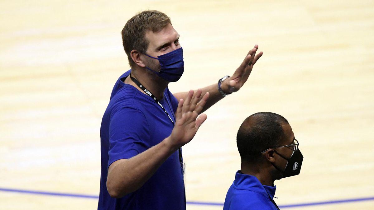 Nowitzki sieht Aus der Mavericks in L.A.