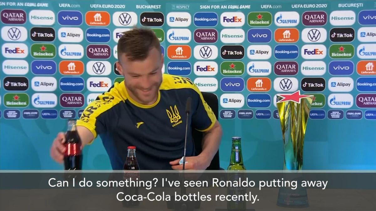 Ярмоленко: «Я поставлю и колу, и Heineken, свяжитесь со мной»