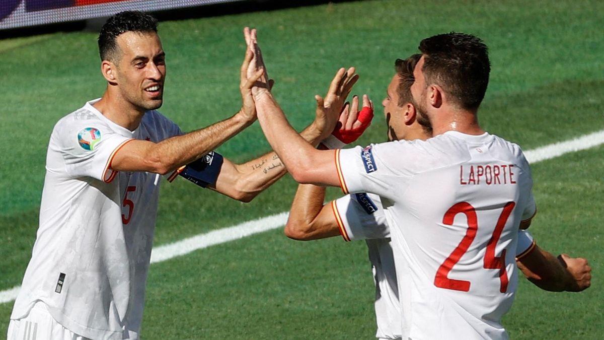 España celebra el 0-1 ante Eslovaquia