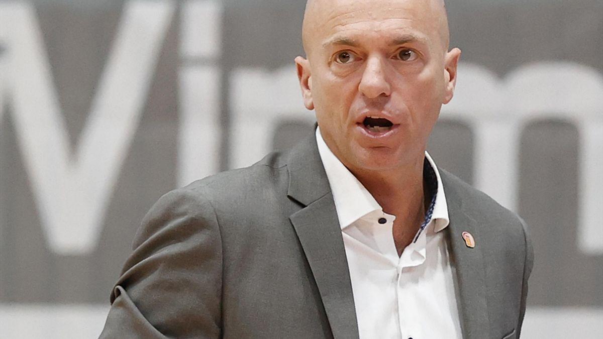 Rodrigo Pastore bleibt Cheftrainer in Chemnitz