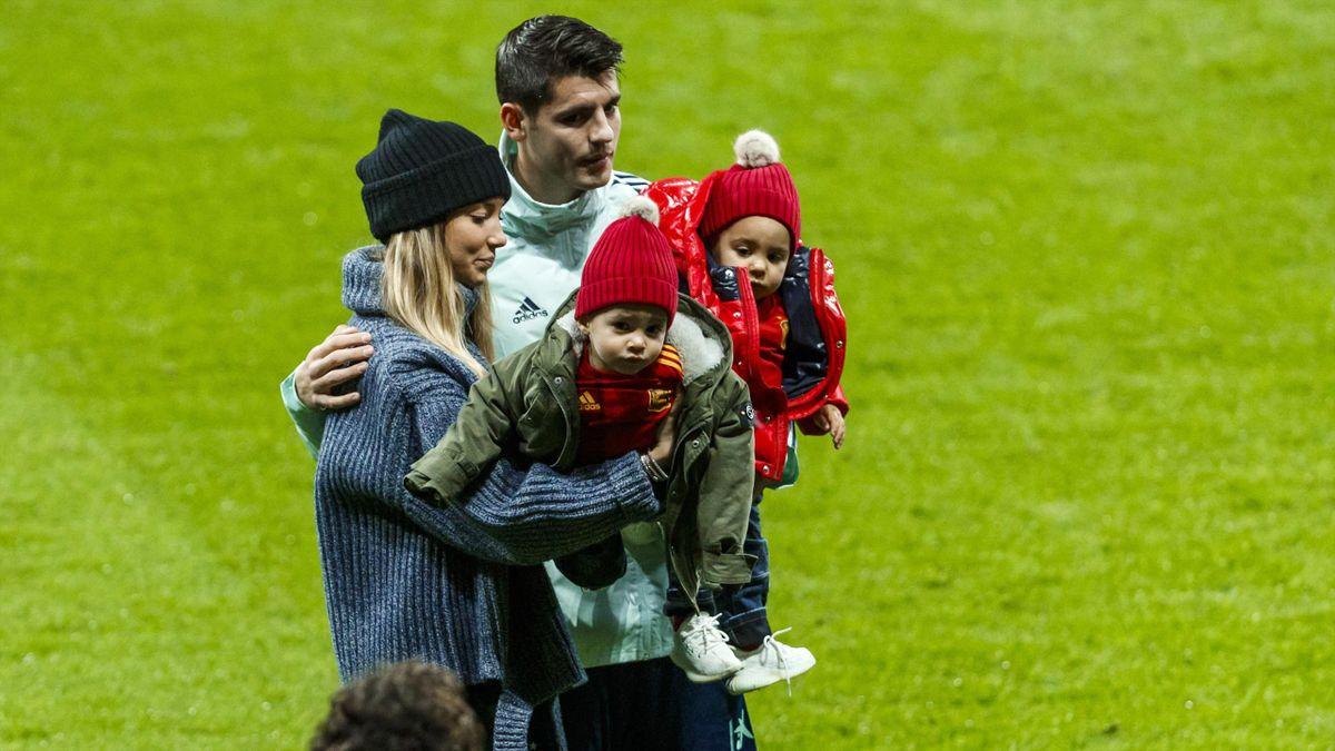 Morata, junto a su familia