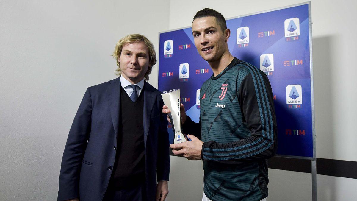 Pavel Nedved junto a Cristiano Ronaldo