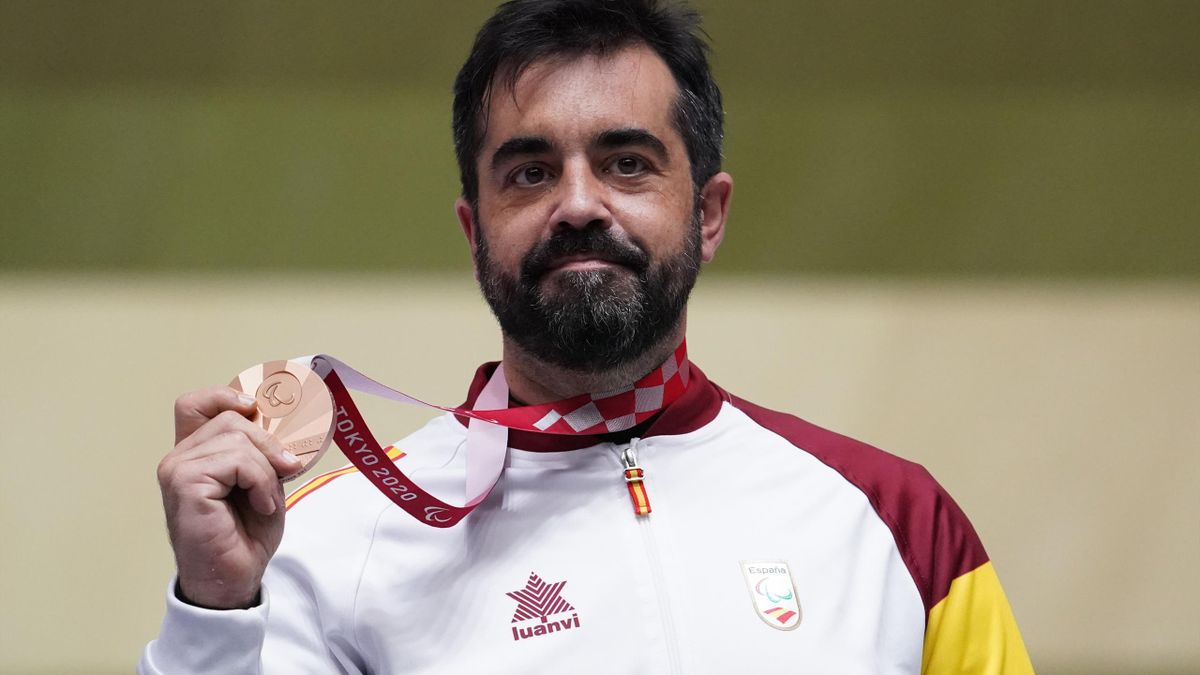 Juan Antonio Saavedra Reinaldo of Team Spain poses with his Bronze medal in the Medal Ceremony