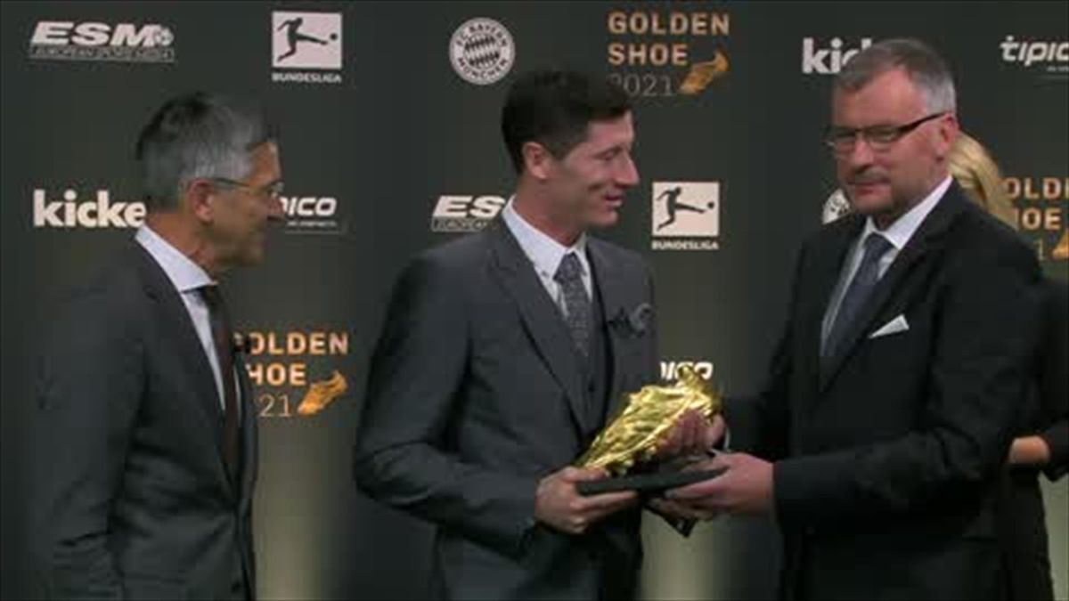 Lewandowski beats Messi and Ronaldo into 2nd & 3rd for Golden Shoe