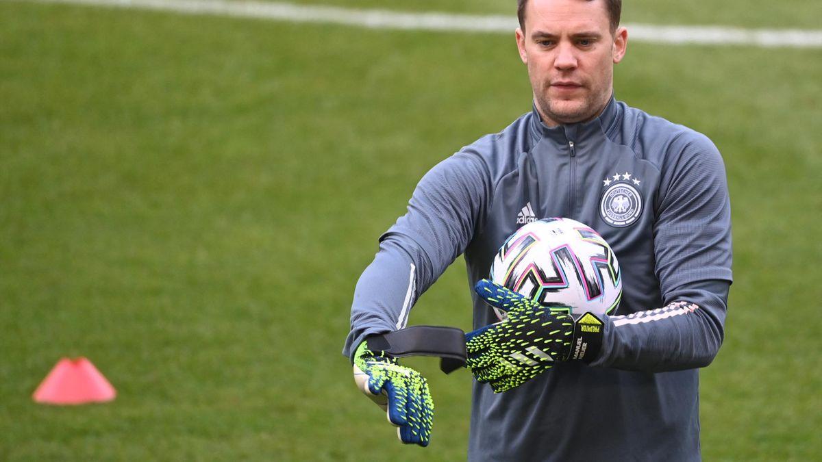Kapitän Neuer zurück im DFB-Training