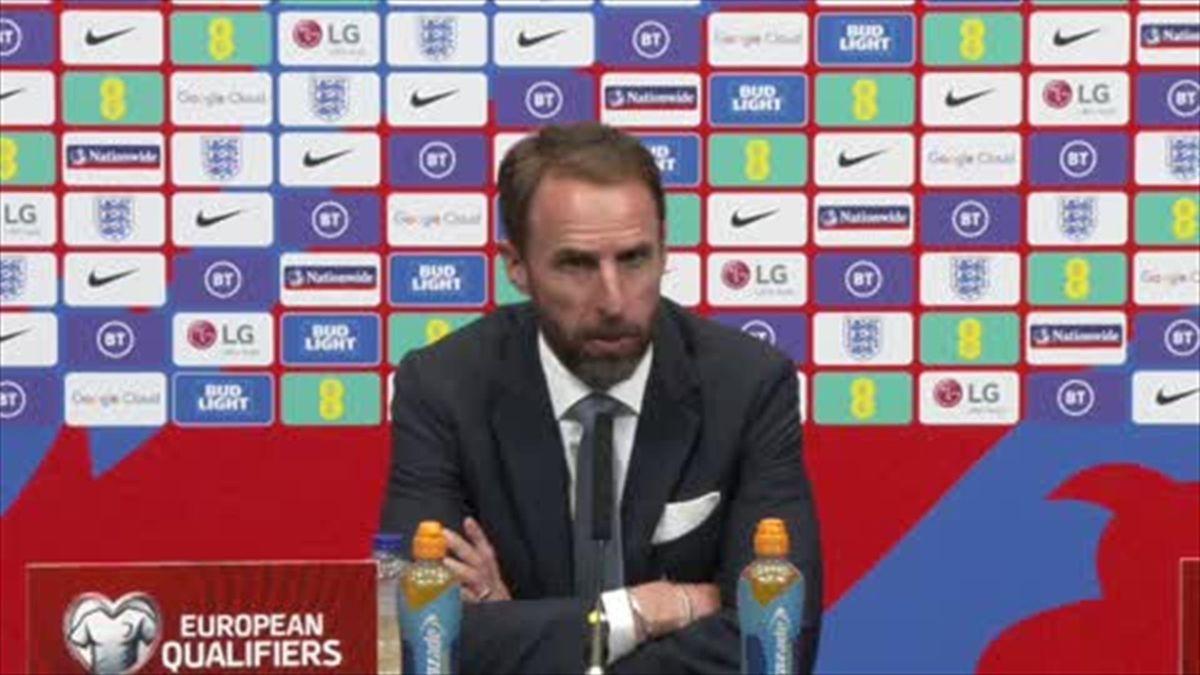 Crowd trouble mars England draw versus Hungary