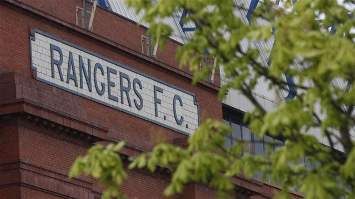 Rangers shareholders have protested against the Glasgow club's board.