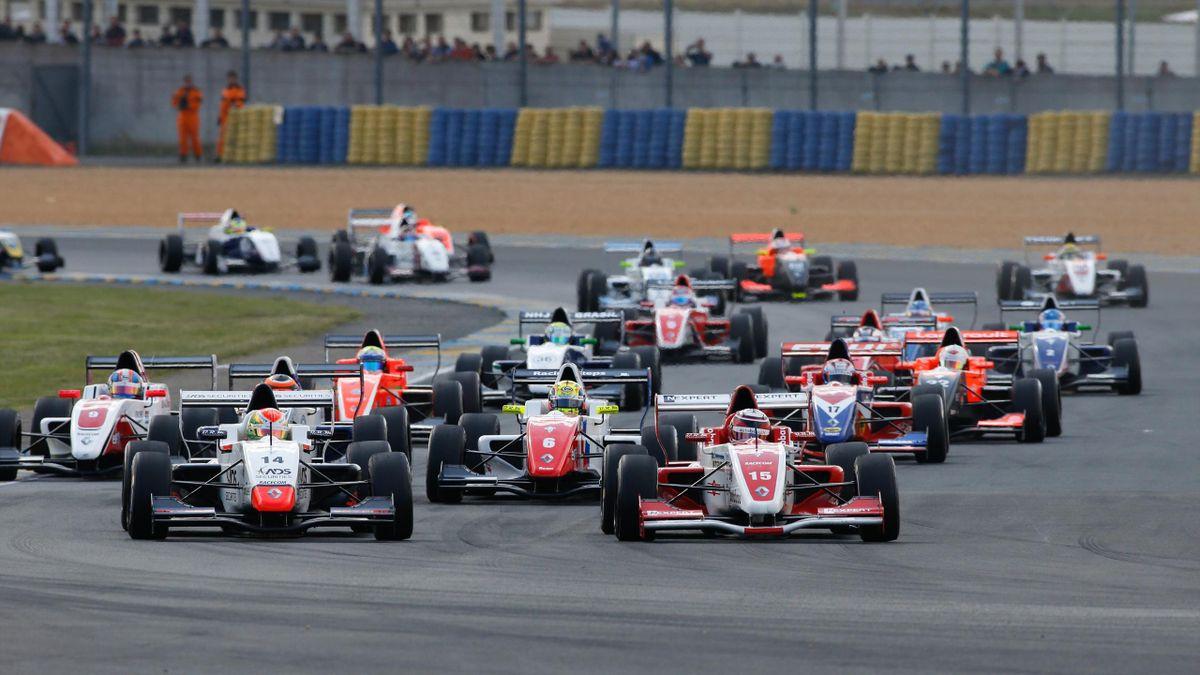 «Формула Renault 2.0»