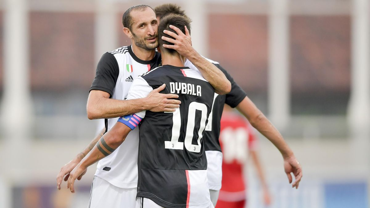 Giorgio Chiellini, Paulo Dybala, Getty Images