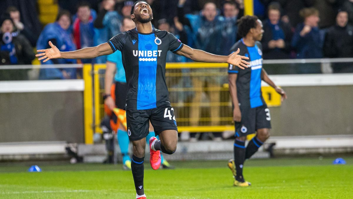 Club Brugge's Emmanuel Bonaventure Dennis celebrates after scoring during a game of the 1/16 finals of the UEFA Europa League between Belgian soccer club  against Manchester United, in Brugge, Thursday 20 February 2020.
