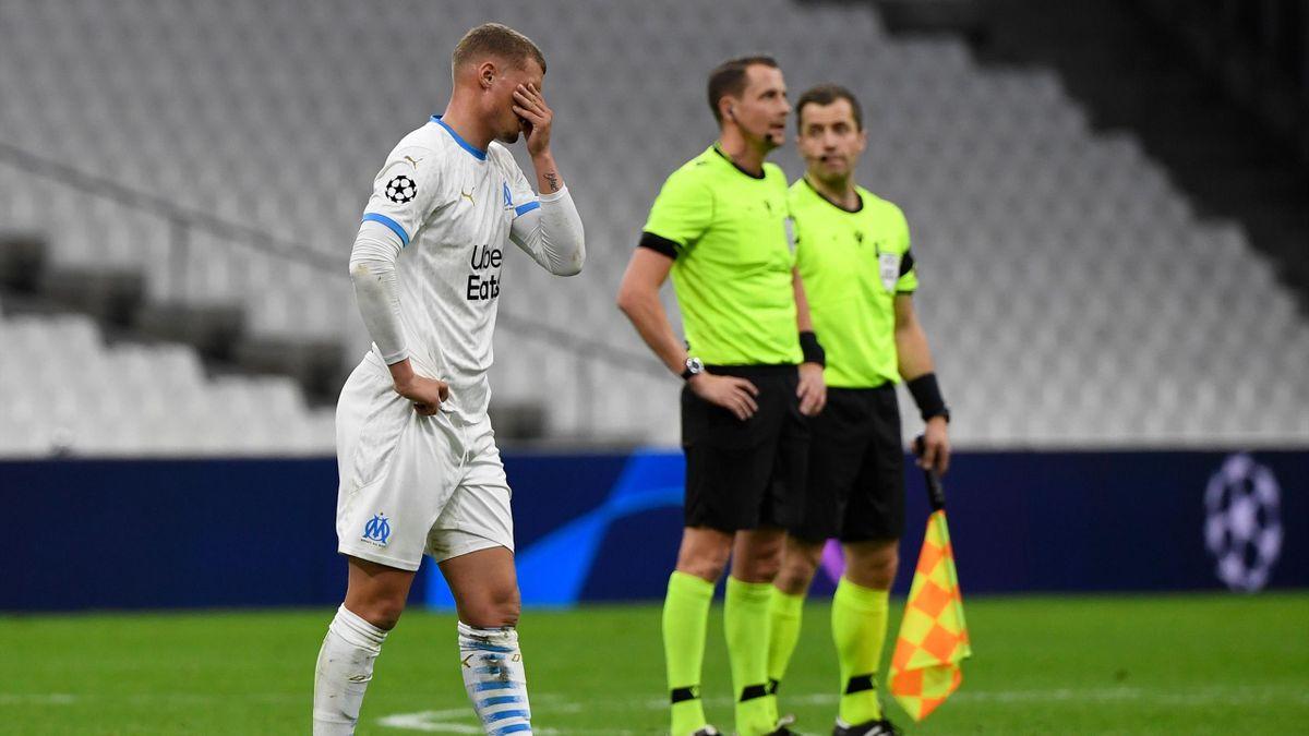 Le désarroi de Michaël Cuisance, à l'issue de la défaite de l'OM au Vélodrome face à Porto (0-2), le 25/11/2020