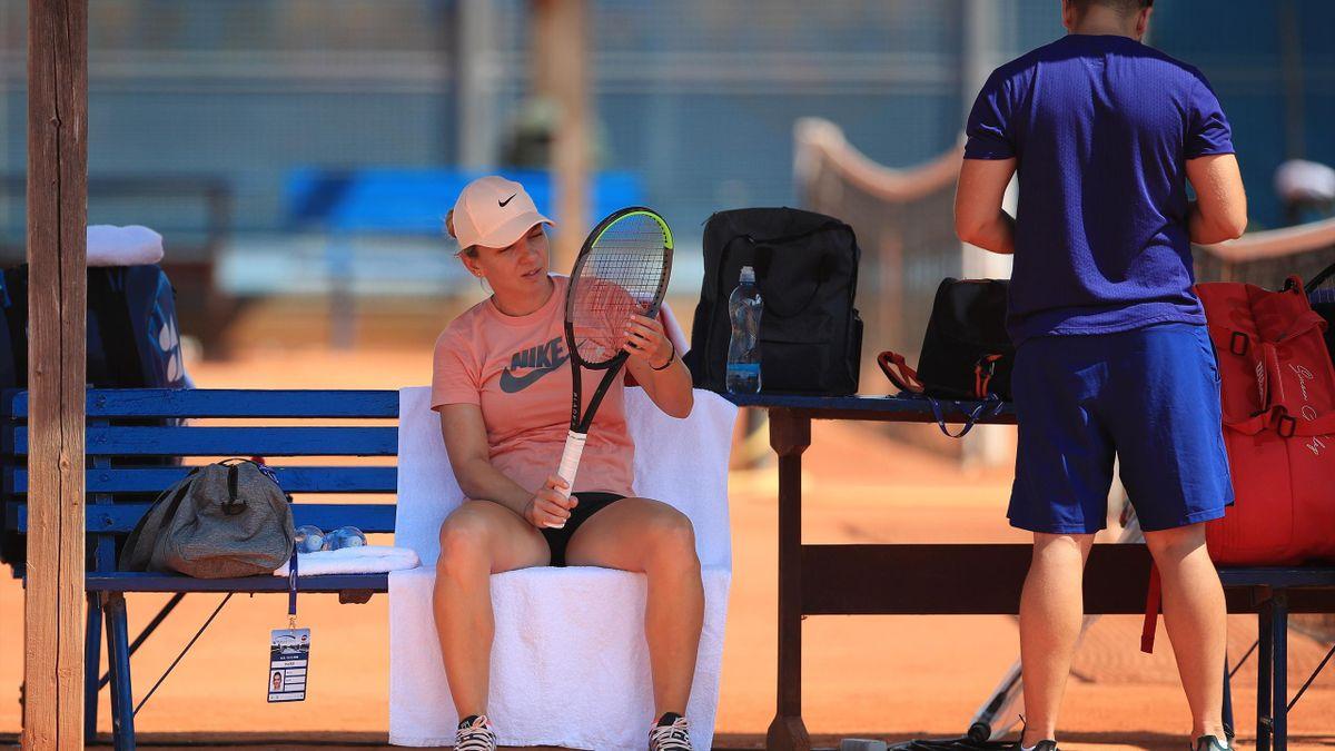 Simona Halep, echipă cu Barbora Strycova la Praga