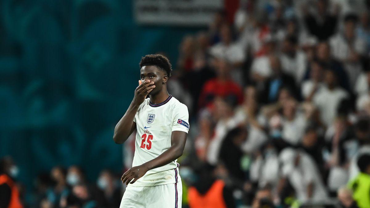 Bukayo Saka verschoss im EM-Finale für England im Elfmeterschießen und wurde anschließend auf Social Media rassistisch beleidigt