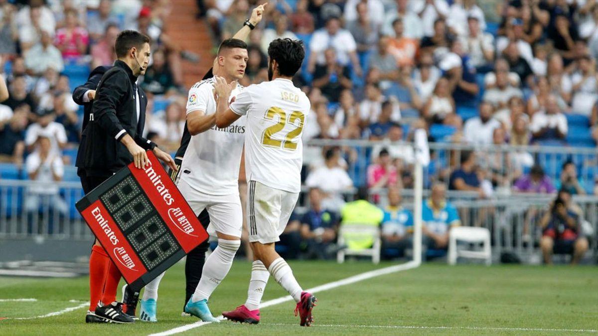 Luka Jovic și Isco, jucătorii lui Real Madrid