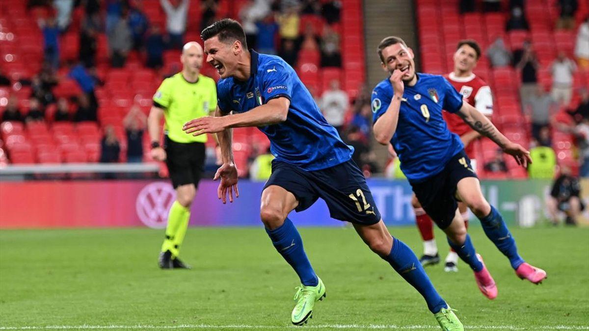 Matteo Pessina esulta dopo il gol in Italia-Austria - Euro 2020