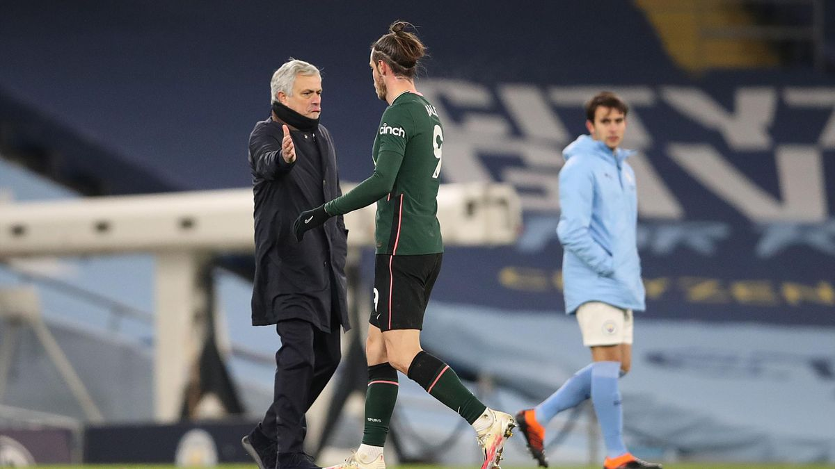 Gareth Bale and Jose Mourinho shake hands, Manchester City v Tottenham Hotspur, Premier League, Etihad Stadium, Manchester, February 13, 2021