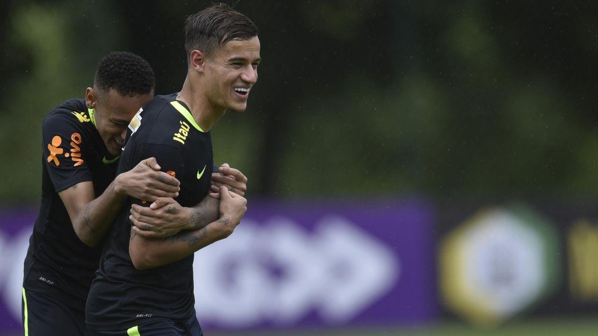Neymar et Coutinho à l'entraînement avec le Brésil en novembre 2016.