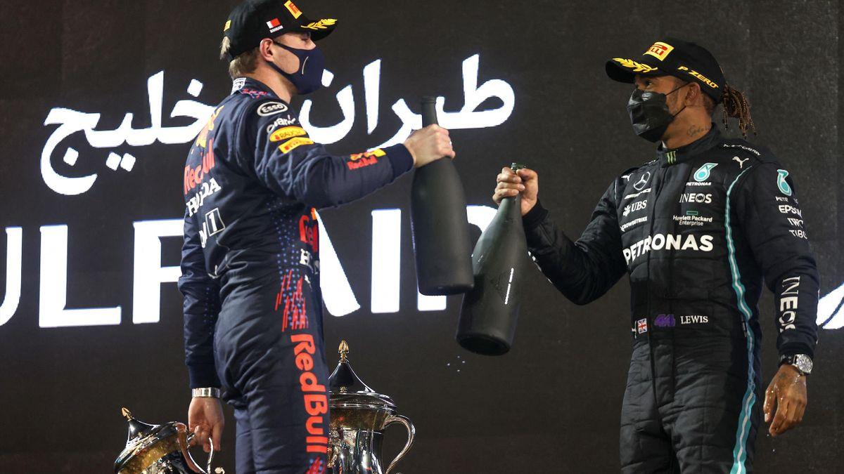 Red-Bull-Star Max Verstappen (links) und Rekordweltmeister Lewis Hamilton (Mercedes) sind 2021 die Topfavoriten auf den WM-Titel