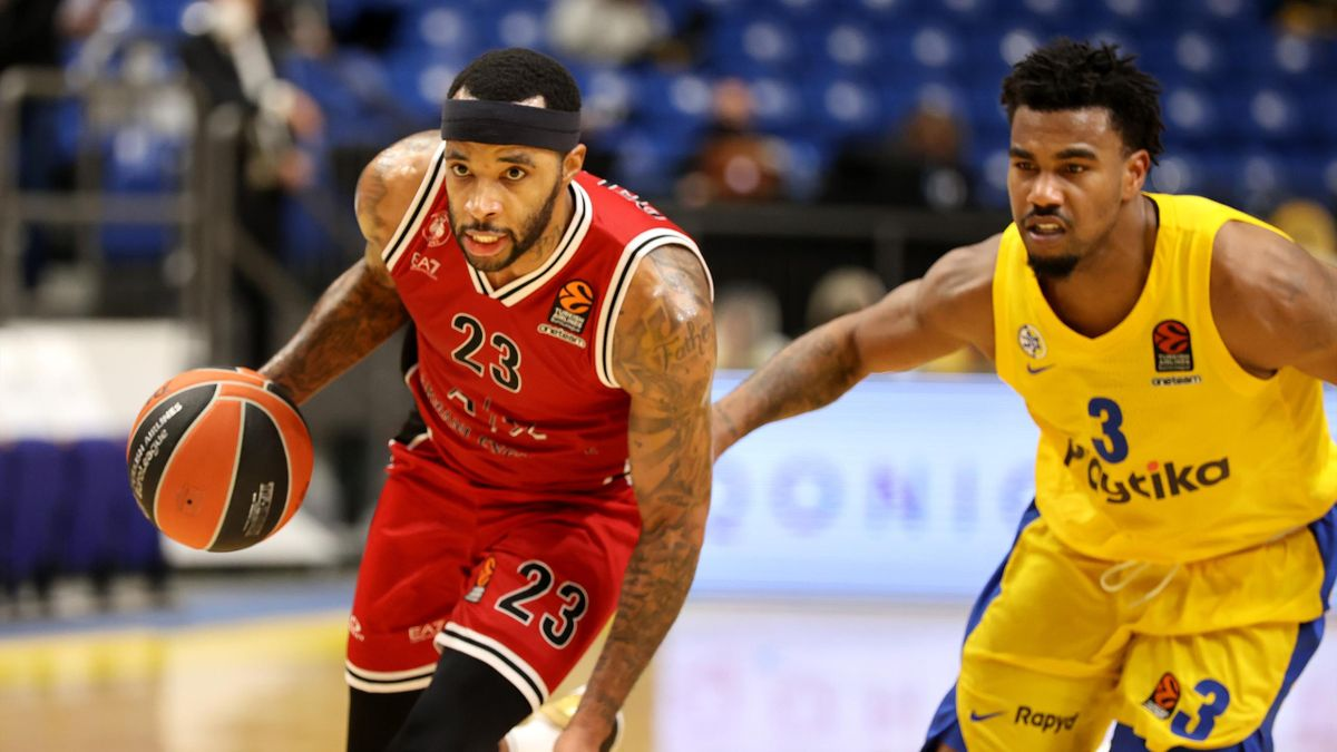 Malcom Delaney, #23 of AX Armani Exchange Milan in action during the 2020/2021 Turkish Airlines EuroLeague Regular Season Round 11 match between Maccabi Playtika Tel Aviv and AX Armani Exchange Milan at Menora Mivtachim Arena on November 26, 2020 in Tel A