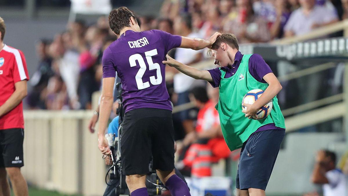 Football News Fiorentina Atalanta Coaches Clash Over Disputed Penalty Eurosport