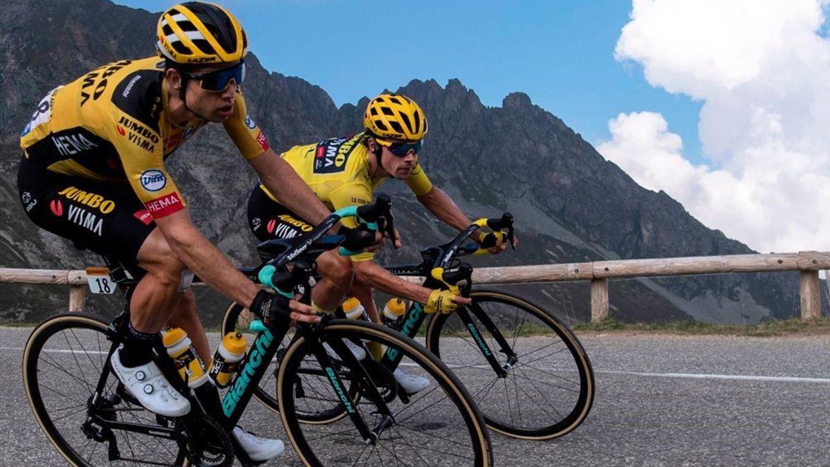 Wout van Aert e Primoz Roglic in azione durante la 17a del Tour de France 2020, la Grenoble-Meribel - Getty Images